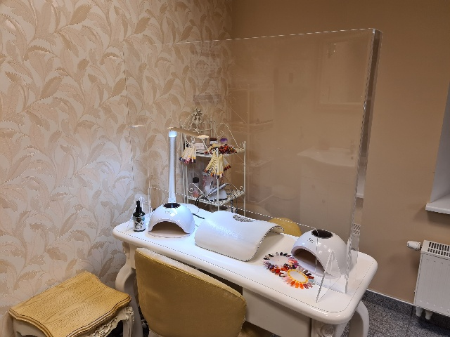 Customer experience – a protective wall in a beauty salon
